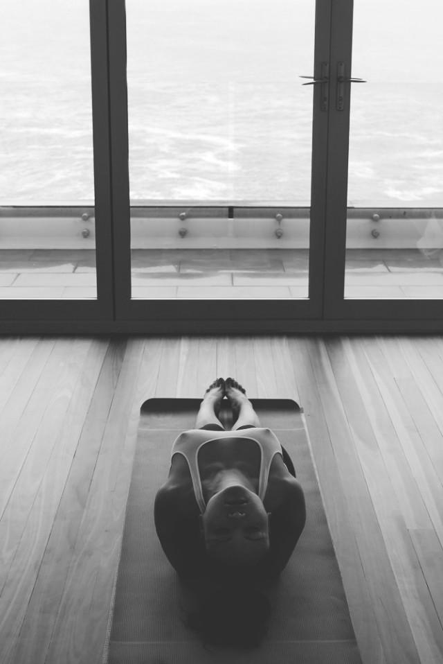 paulinenguyen_redlantern_yoga_justinfox_01