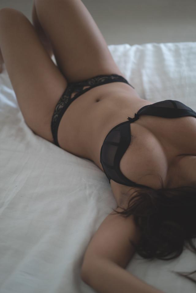kimmy_bed_torso