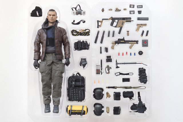 darkzone_agent_figurine_full