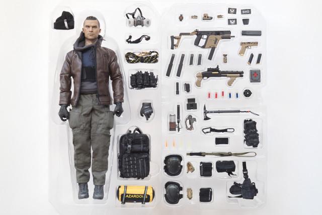 darkzone_agent_figurine_full