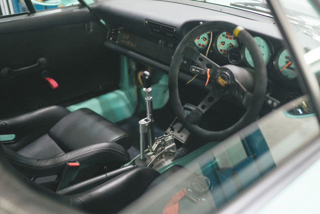 rwb911_interior