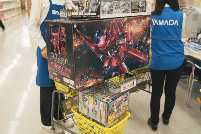 gundam_shopping