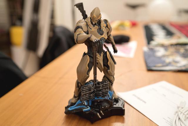 rhino_statue