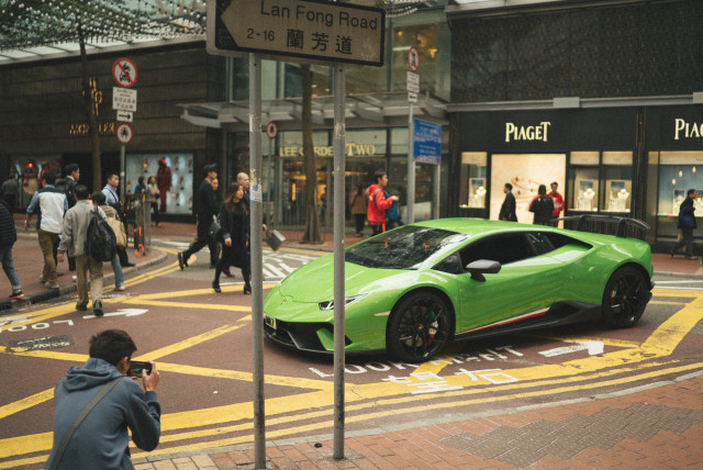 supercarbuster_hk