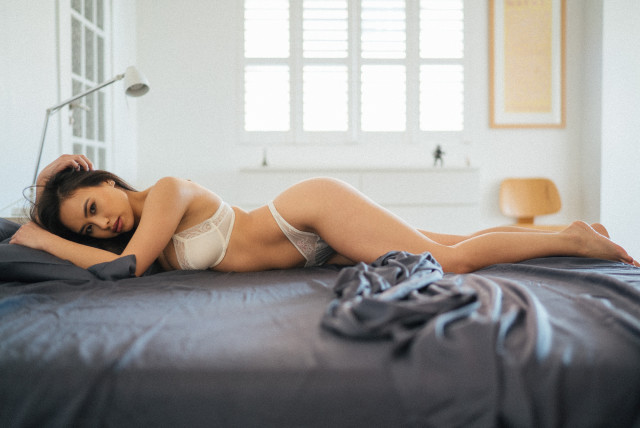 sydney_ramos_bed_5
