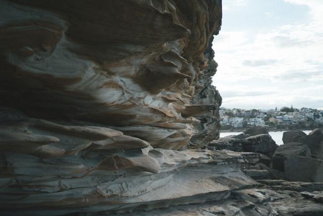 maroubrabeach_rocks3
