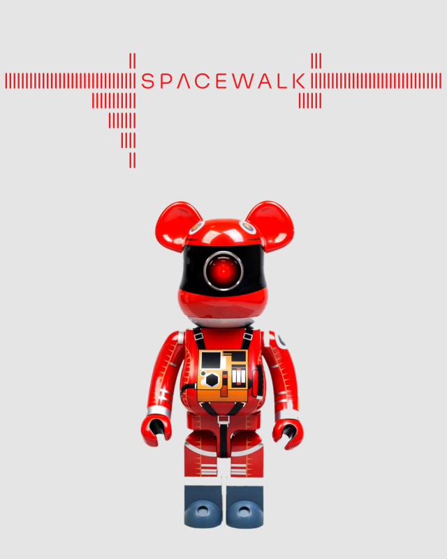 spacewalk_bearbrick